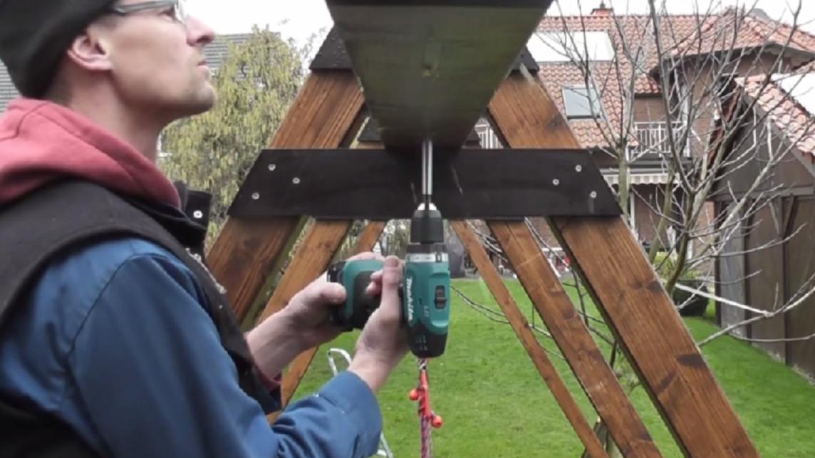 Schaukel mit Kletternetz und Leiter detailierte Bauanleitung